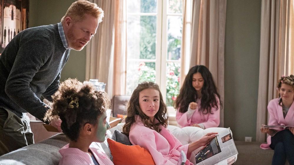 modern family season 2 episode 6 online